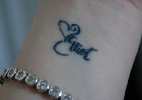 татуировка надпись